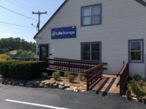 Life Storage - Plymouth