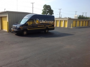 Image of Life Storage - Syracuse - Spencer Street Facility on 430 Spencer St  in Syracuse, NY - View 4