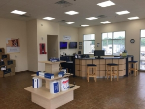Image of Life Storage - San Antonio - Hunt Lane Facility on 3540 Hunt Ln  in San Antonio, TX - View 4