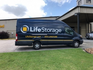 Image of Life Storage - Humble - 5250 FM 1960 Road East Facility on 5250 Fm 1960 Rd E  in Humble, TX - View 3