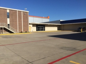 Image of Life Storage - Dallas - Harry Hines Boulvard Facility on 4640 Harry Hines Blvd  in Dallas, TX - View 2