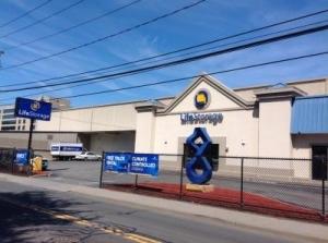 Life Storage - Stamford - Fairfield Avenue