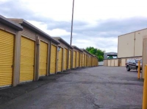 Life Storage - Stamford - Fairfield Avenue - Photo 4