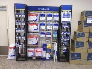 Life Storage - Stamford - Fairfield Avenue - Photo 5