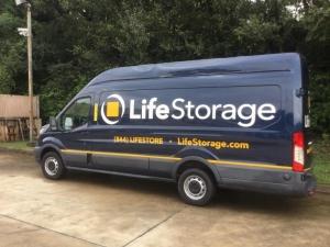 Image of Life Storage - Chattanooga - Hixson Pike Facility on 4121 Hixson Pike  in Chattanooga, TN - View 4
