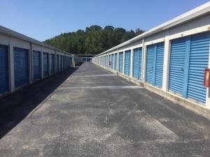 Image of Life Storage - Chattanooga - Hixson Pike Facility on 4121 Hixson Pike  in Chattanooga, TN - View 3
