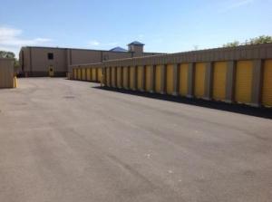 Life Storage - Cicero - Thompson Road