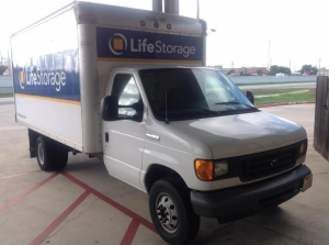 Image of Life Storage - San Marcos - 2216 IH-35 South Facility on 2216 Ih-35 S  in San Marcos, TX - View 2