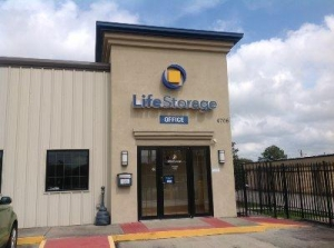 Life Storage - Lafayette - West Congress Street