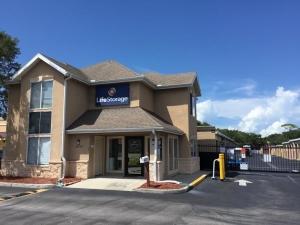 Image of Life Storage - Tarpon Springs Facility at 41524 Us-19 N  Tarpon Springs, FL