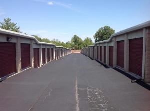 Image of Life Storage - Florissant - Shackelford Road Facility on 940 Shackelford Rd  in Florissant, MO - View 3