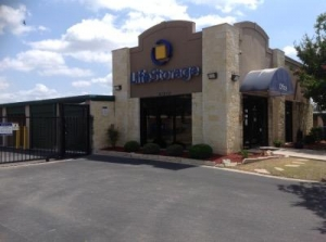 Picture of Life Storage - San Antonio - 20202 Blanco Road