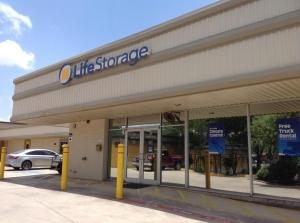 Picture 0 of Life Storage - San Antonio - Broadway Street - FindStorageFast.com