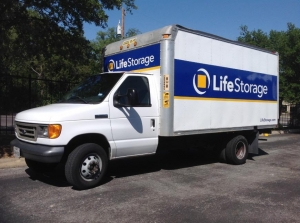 Picture 4 of Life Storage - San Antonio - Huebner Road - FindStorageFast.com