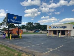 Image of Life Storage - Huntsville - South Memorial Parkway Facility at 11607 S Memorial Pky  Huntsville, AL