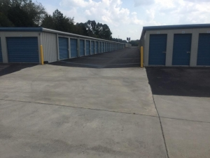 Life Storage - Madison - Highway 72 West - Photo 7