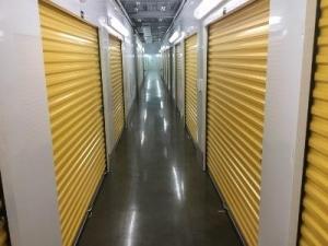 Life Storage - Midlothian