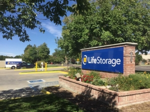 Image of Life Storage - Aurora - East Mississippi Avenue Facility on 11951 E Mississippi Ave  in Aurora, CO - View 2