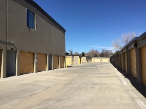 Image of Life Storage - Lakewood - Kipling Street Facility on 1576 Kipling St  in Lakewood, CO - View 4