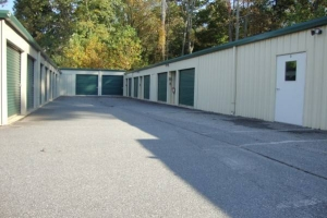 Image of Spare Room Self Storage Facility on 14664 Highway 92  in Woodstock, GA - View 2
