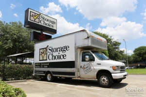 Image of Storage Choice - Stafford Facility on 10430 S Kirkwood Rd  in Houston, TX - View 4