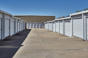 Image of Storage Choice - Mira Vista Facility on 5600 Bryant Irvin Rd  in Fort Worth, TX - View 4
