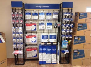 Image of Life Storage - Round Rock - South AW Grimes Boulevard Facility on 2830 S a w Grimes Blvd  in Round Rock, TX - View 2