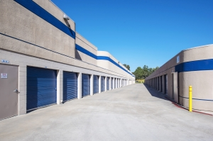 Image of Mira Mesa Self Storage Facility on 7044 Flanders Dr  in San Diego, CA - View 4