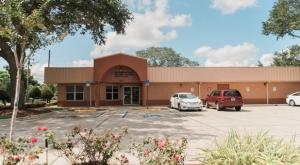 Image of My Neighborhood Storage Center of Oak Ridge Facility at 300 W Oak Ridge Rd  Orlando, FL