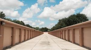 Image of My Neighborhood Storage Center of Oak Ridge Facility on 300 W Oak Ridge Rd  in Orlando, FL - View 4