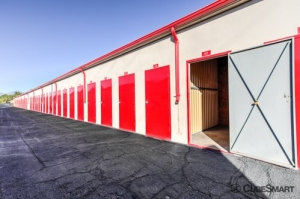 CubeSmart Self Storage - Tucson - 3955 E 29th St - Photo 3