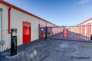 CubeSmart Self Storage - Tucson - 3955 E 29th St - Photo 5