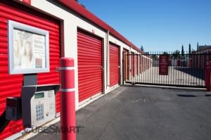 CubeSmart Self Storage - Sacramento - 2620 Florin Rd - Photo 5