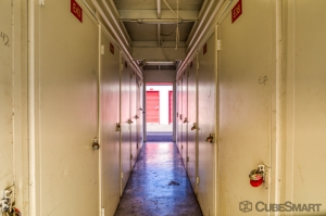 CubeSmart Self Storage - Sacramento - 2620 Florin Rd - Photo 4