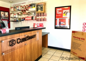 CubeSmart Self Storage - North Highlands - Photo 8