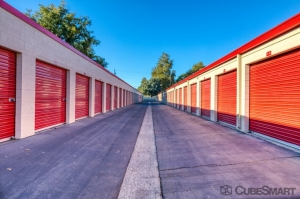 CubeSmart Self Storage - Sacramento - 775 N 16th St - Photo 3