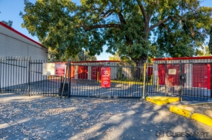 CubeSmart Self Storage - Sacramento - 775 N 16th St - Photo 6