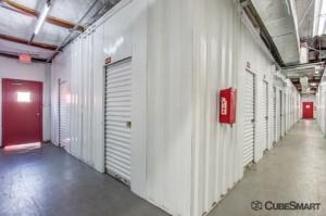 Image of CubeSmart Self Storage - Houston - 9900 Rowlett Rd Facility on 9900 Rowlett Rd  in Houston, TX - View 4