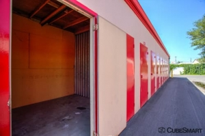 CubeSmart Self Storage - Murray - 5180 Commerce Dr - Photo 7