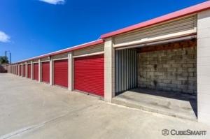 CubeSmart Self Storage - Rialto - 210 West Bonnie View Drive - Photo 3