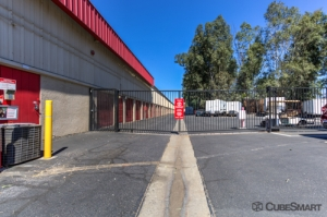 CubeSmart Self Storage - Riverside - 4011 Fairgrounds Street - Photo 8
