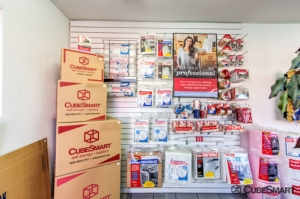 CubeSmart Self Storage - Las Vegas - 2645 S Nellis Blvd - Photo 6