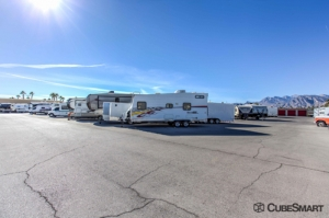 CubeSmart Self Storage - Las Vegas - 7370 W Cheyenne Ave - Photo 6