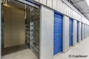 CubeSmart Self Storage - Las Vegas - 7370 W Cheyenne Ave - Photo 2