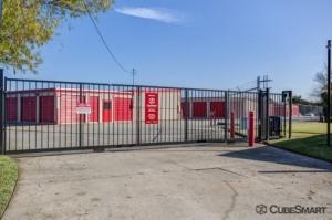 Image of CubeSmart Self Storage - Spring - 1220 W Riley Fuzzel Road Facility on 1220 W Riley Fuzzel Road  in Spring, TX - View 4