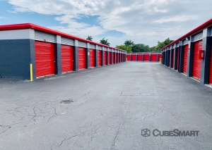CubeSmart Self Storage - Miami - 15120 Ne 6th Ave - Photo 6