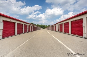 CubeSmart Self Storage - East Hanover - Photo 5