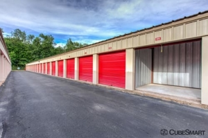 CubeSmart Self Storage - Bloomfield - 522 Cottage Grove Rd - Photo 8