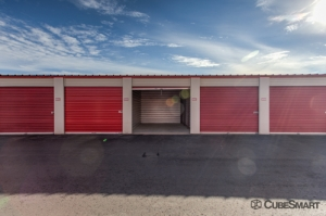 Image of CubeSmart Self Storage - Glendale Facility on 7028 North Dysart Road  in Glendale, AZ - View 3