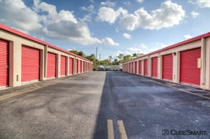 CubeSmart Self Storage - Davie - Photo 8